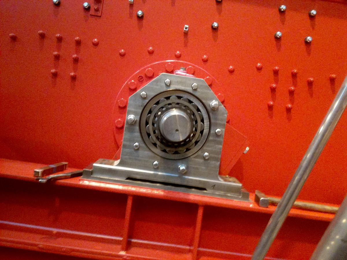 Excenter screening machine VS