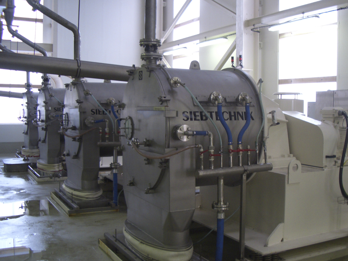 Schubzentrifuge SHS 802 ZK in einer Anlage für Kaliumchlorid