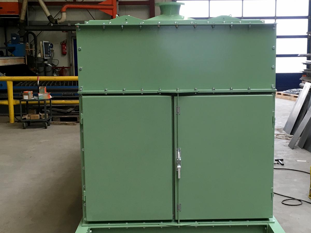 Circular-motion screening machine V 12-30 I L dust guard