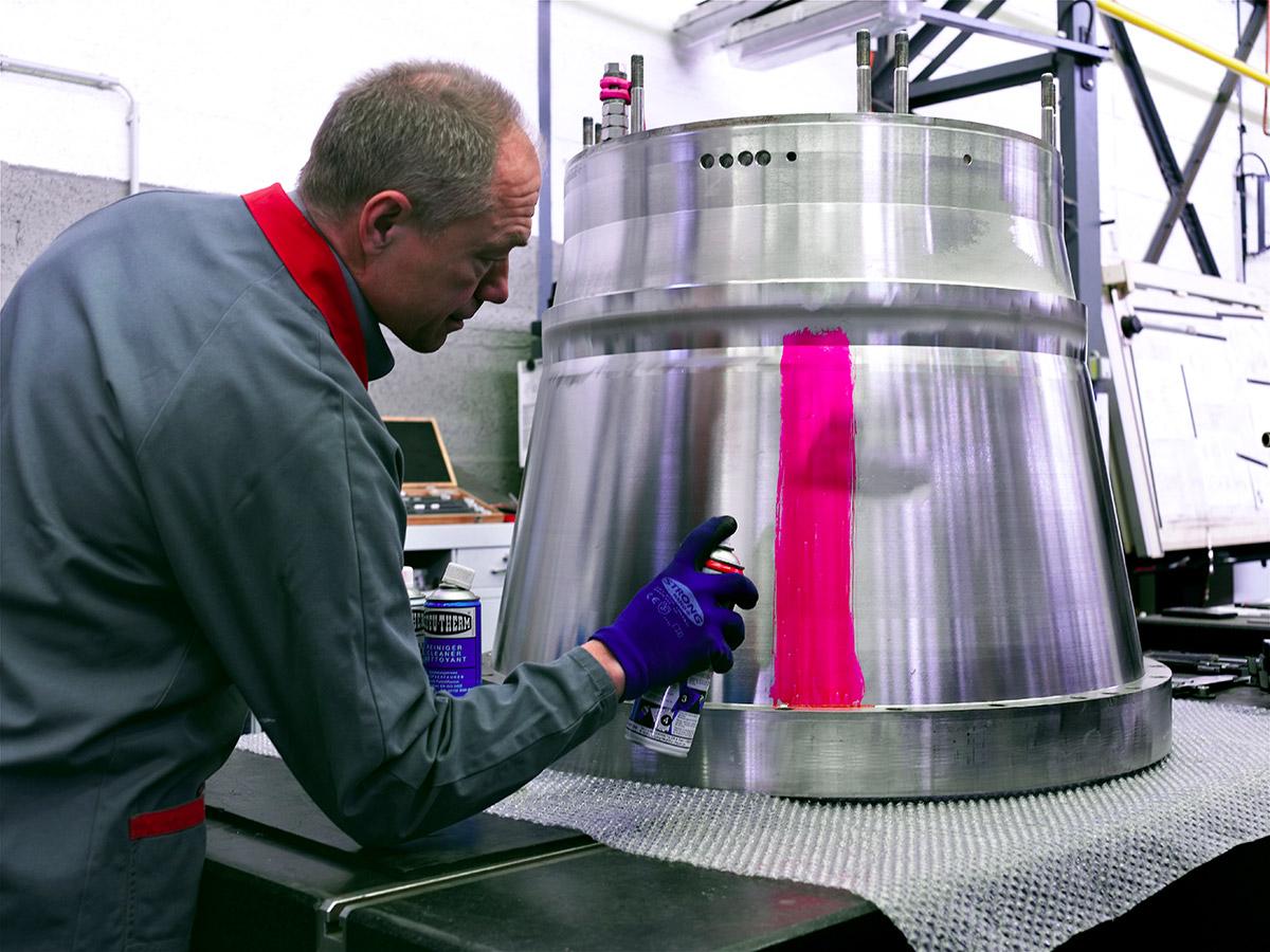 Farbeindringprüfung Trommel Siebschneckenzentrifuge CONTURBEX H520